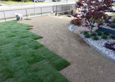sistemazione-tappeto-erboso