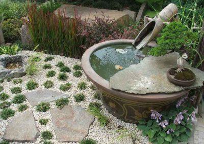 vaso-d'acqua-in-giardino-orientale